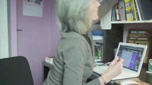 Tatiana dans son bureau